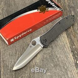 Spyderco Gayle Bradley 2 CPM M4 Carbon Fiber Twill Scales C134CFP2 Knife Minty